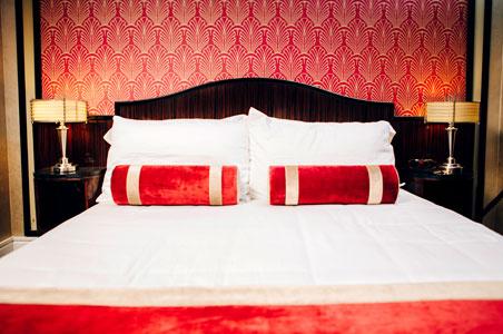 Jade_Hotel.jpg