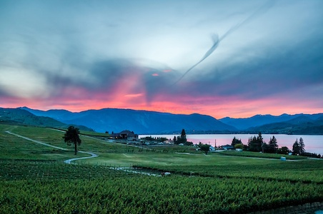Lake-Chelan-wines-washington.jpg