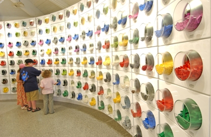 Lego-Imagination-Center-2.jpg