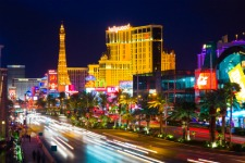 Nevada-Las-Vegas-at-night-Strip.jpg