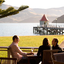New-Zealand-Akaroa-outdoor-dining.jpg