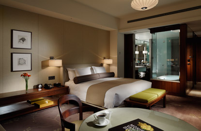 Palace-Hotel-Tokyo-Deluxe-Room-High-Res.jpg