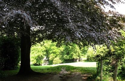 Paris-Picnic-Parc-des-Buttes-Chaumont.jpg