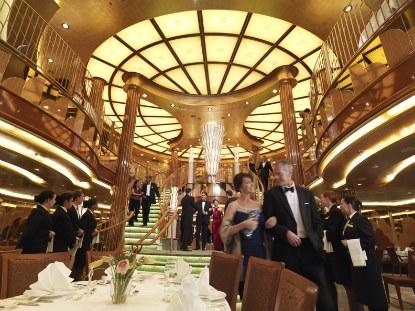 Queen-Elizabeth-Britannia-Restaurant.jpg
