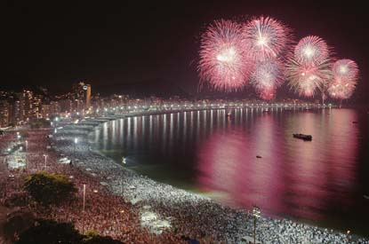 Rio-Harbor-New-Years-Fireworks.jpg