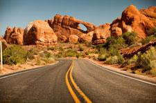 Road-trip-desert-arch.jpg