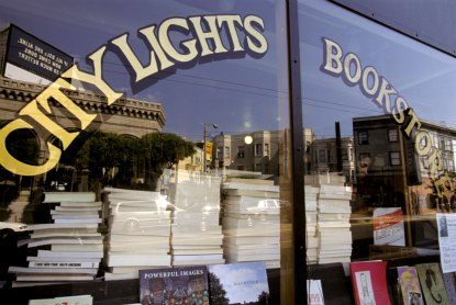 San-Francisco-City-Lights-Bookstore.jpg
