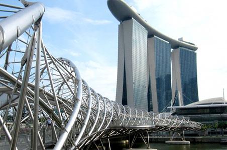 Singapore-bridge.jpg