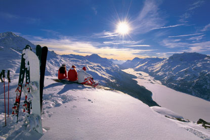 Switzerland-skiiers-snowboarder.jpg