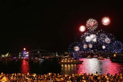 Sydney-Harbor-Farmily-Fireworks.jpg