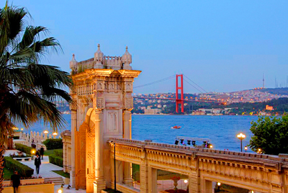 Turkey-Istanbul-Ciragan-Palace.jpg