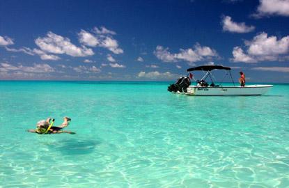 Turks-Caicos-snorkeling-boat.jpg