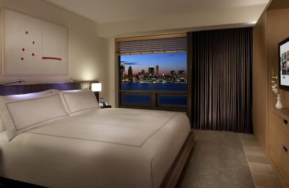 Two-New-York-Hotels-Conrad-NYC.jpg