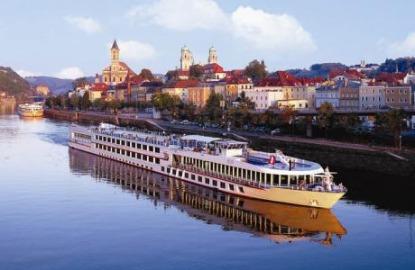 Viking-River-Cruises-15-Anniversary.jpg
