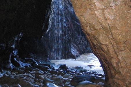 Waterfall-Cave.jpg