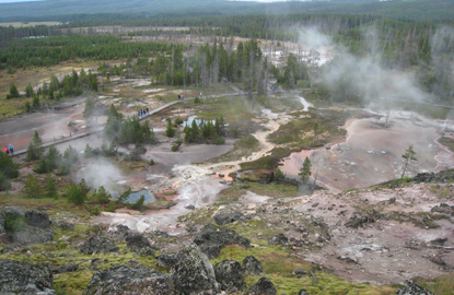 Yellowstone-paint-pots-fumeroles.jpg