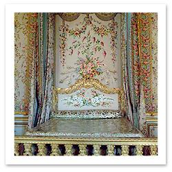 061016_VersaillesQueensBedF.jpg