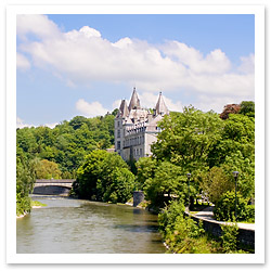 062606_Castle_of_Durbuuy_Franky_De_Meyer_FINAL.jpg