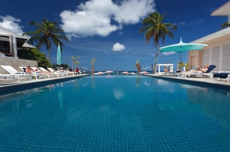 bodyholiday-pool.jpg