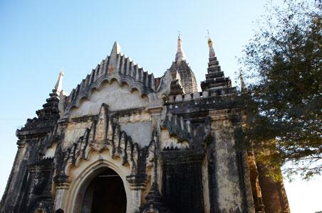 burma-small-temples.jpg