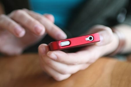 cell-phone-intl.jpg
