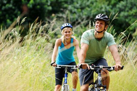couples-bike-ride.jpg