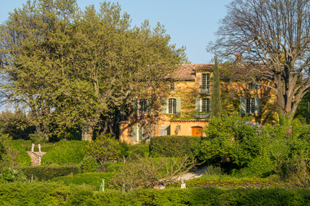 Stunning Domaine de la Baume Hotel Opens in Provence