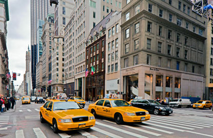 5th Avenue, New York Hotel Information Marvel at the sights, revel in the sounds, and soak up the local atmosphere: when you book a room at a 5th Avenue hotel located near 5th Avenue.