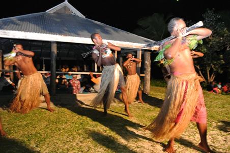fiji-dancers.jpg