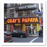 The Sex and the City Movie - Gray's Papaya - New York City