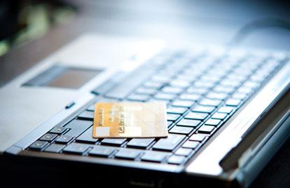 hilton-credit-card.jpg