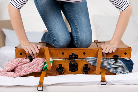 honeymoon-packing-tips.jpg