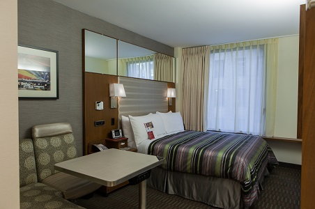 hotel-boutique-at-grand-central-guestroom.jpg