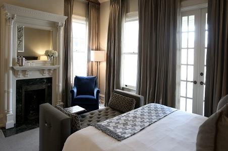 hotel-ella-guestroom.jpg