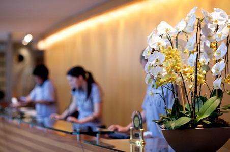 hotel-lobby-desk.jpg