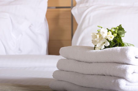 hotel-room-int-hurricane.jpg