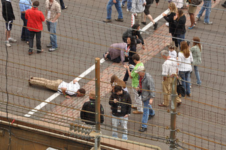 indy500-kissing-brick.jpg