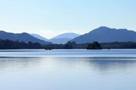 killarney-park-lake.jpg