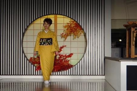 kyoto-fashion-show-japan.jpg
