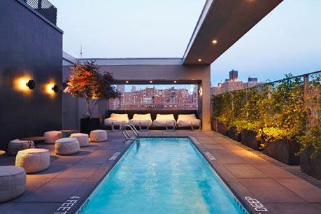 la-piscine-hotel-americano-new-york.jpg