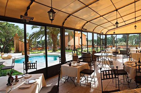landana-pool-restaurant.jpg