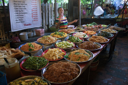 Reasons To Go To Laos - Cuisine laotienne