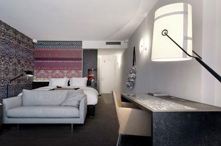 mainport-hotel-room.jpg