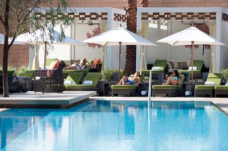 mandarin-oriental-las-vegas-pool.jpg