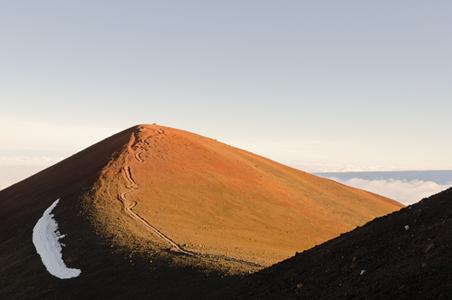 mauna-kea-volcano-hawaii.jpg
