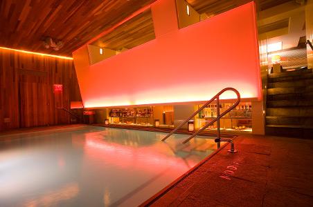 room-mate-grace-hotel-best-swim-up-bar.jpg