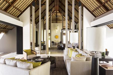rs-Cheval-Blanc-Randheli-Living-Room.jpg
