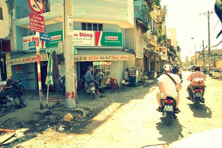 saigon-street2.jpg