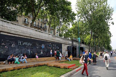 Paris Opens Pedestrian-Only Stretch of the Left Bank