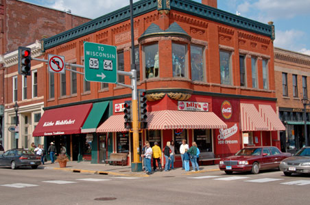 5 Midwestern Small Towns to Visit Now